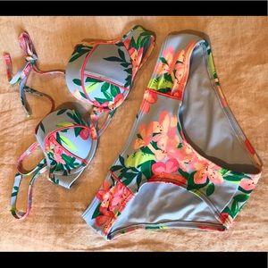Aerie flower bikini set
